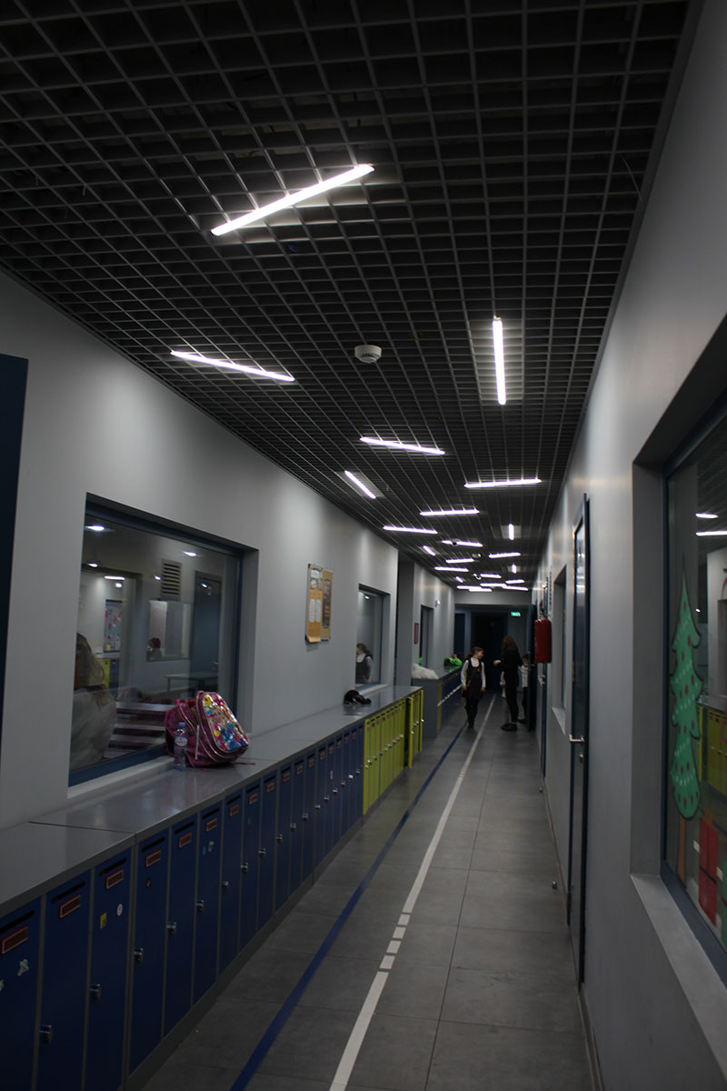 Grilyato suspended ceiling at school, KRAFT Led lamps for grilyato