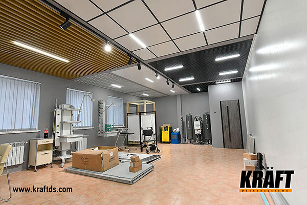 "Showroom for KRAFT suspended ceilings: KRAFT Led lamps, T-profile, metal plate, cube-shaped rail, grilyato (including ""blinds"") in various colors and sizes"