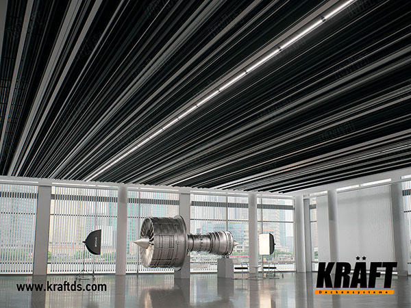 KRAFT lamellar screen ceiling in the exhibition center